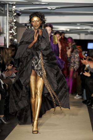 Показ Maurizio Galante коллекции сезона Весна-лето 2011 года Haute couture - www.elle.ru - Подиум - фото 216006