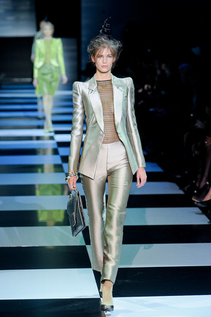 Показ Giorgio Armani Privé коллекции сезона Весна-лето 2012 года Haute couture - www.elle.ru - Подиум - фото 331478