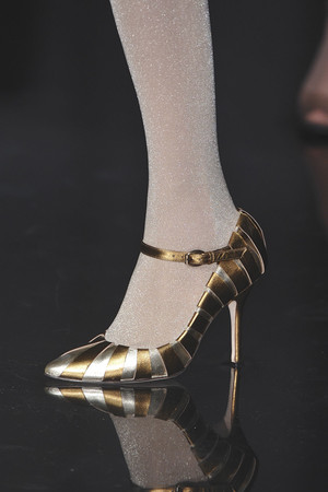 Показ Jean Paul Gaultier коллекции сезона Осень-зима 2009-2010 года Haute couture - www.elle.ru - Подиум - фото 87990