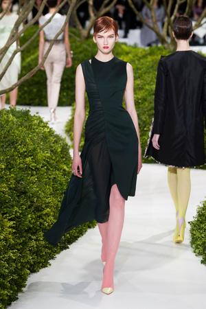 Показ Christian Dior коллекции сезона Весна-лето 2013 года Haute couture - www.elle.ru - Подиум - фото 477468