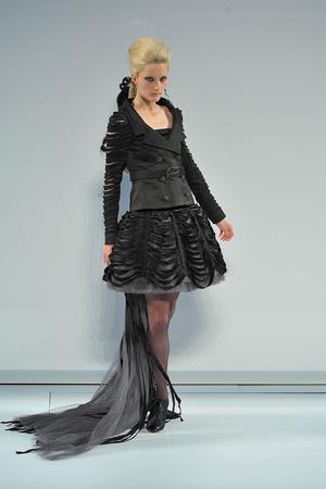 Показ  коллекции сезона Осень-зима 2009-2010 года Haute couture - www.elle.ru - Подиум - фото 87229