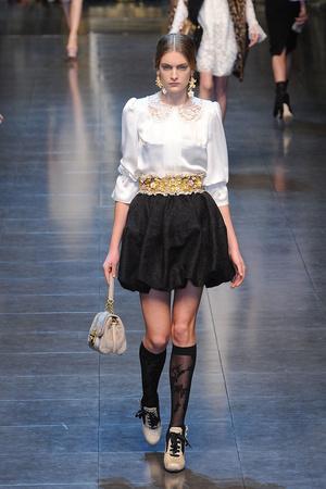 Показ Dolce & Gabbana коллекции сезона Осень-зима 2012-2013 года Prêt-à-porter - www.elle.ru - Подиум - фото 367868