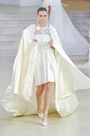 Показ Alexis Mabille коллекции сезона Весна-лето 2011 года Haute couture - www.elle.ru - Подиум - фото 214841