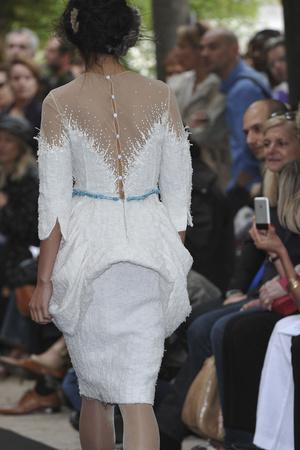 Показ On Aura Tout Vu коллекции сезона Осень-зима 2009-2010 года haute couture - www.elle.ru - Подиум - фото 88279