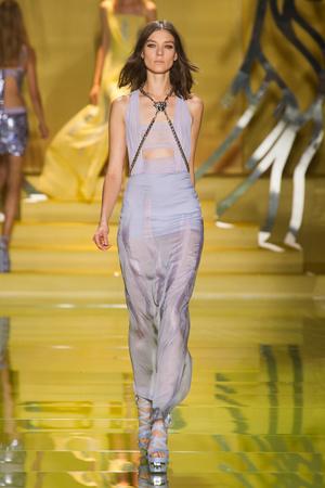 Показ Versace коллекции сезона Весна-лето 2014 года Prêt-à-porter - www.elle.ru - Подиум - фото 564875
