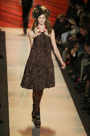 Показ Diane Von Furstenberg коллекции сезона Осень-зима 2009-2010 года prêt-à-porter - www.elle.ru - Подиум - фото 89828