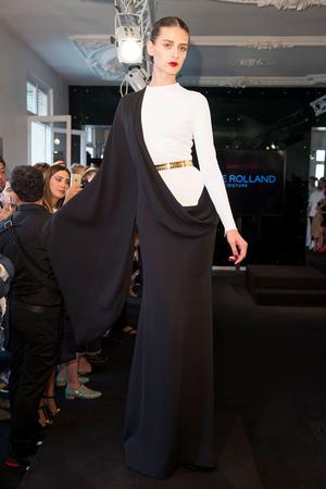 Показ Stephane Rolland коллекции сезона Осень-зима 2015-2016 года Haute couture - www.elle.ru - Подиум - фото 597497