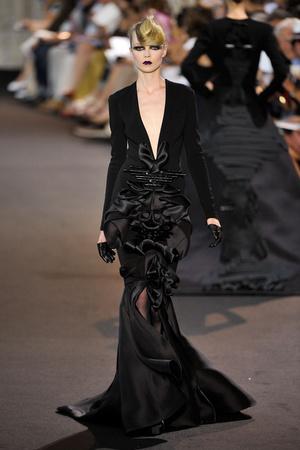Показ Stephane Rolland коллекции сезона Осень-зима 2011-2012 года haute couture - www.elle.ru - Подиум - фото 278157