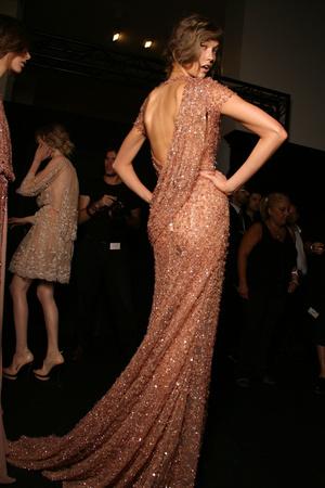 Показ Elie Saab коллекции сезона Осень-зима 2011-2012 года haute couture - www.elle.ru - Подиум - фото 279035