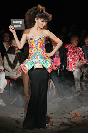 Показ Franc Sorbier коллекции сезона Осень-зима 2010-2011 года Haute couture - www.elle.ru - Подиум - фото 168080