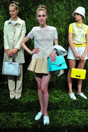 Показ Kate Spade коллекции сезона Весна-лето 2014 года prêt-à-porter - www.elle.ru - Подиум - фото 558670