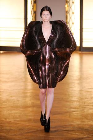 Показ  коллекции сезона Осень-зима 2012-2013 года Haute couture - www.elle.ru - Подиум - фото 403424