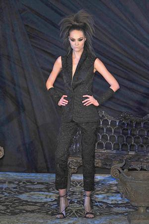 Показ Franck Sorbier коллекции сезона Весна-лето 2010 года Haute couture - www.elle.ru - Подиум - фото 138800