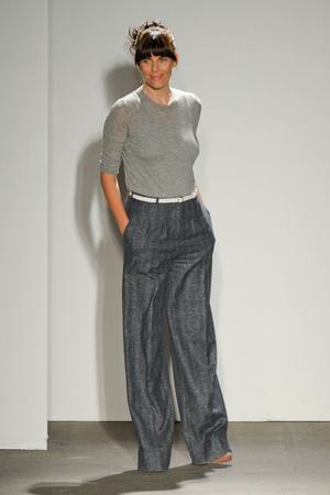 Показ Karen Walker коллекции сезона Осень-зима 2011-2012 года Prêt-à-porter - www.elle.ru - Подиум - фото 230504