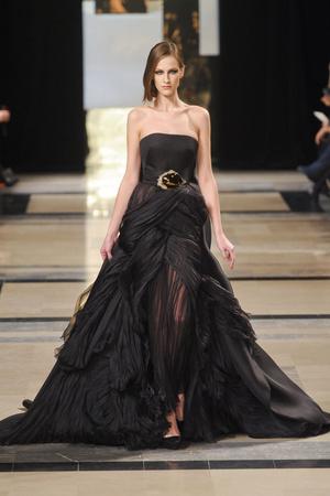 Показ Stephane Rolland коллекции сезона Весна-лето 2011 года Haute couture - www.elle.ru - Подиум - фото 215992