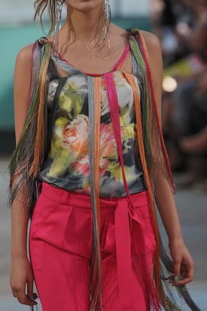 Показ Alexis Mabille коллекции сезона Весна-лето 2012 года Prêt-à-porter - www.elle.ru - Подиум - фото 315252