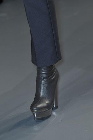 Показ Calvin Klein коллекции сезона Осень-зима 2010-2011 года prêt-à-porter - www.elle.ru - Подиум - фото 147377