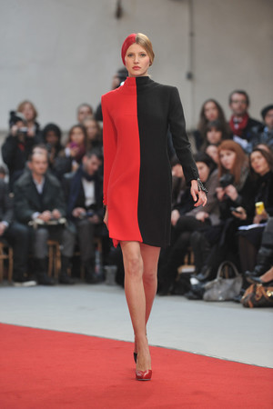 Показ Alexis Mabille коллекции сезона Весна-лето 2010 года haute couture - www.elle.ru - Подиум - фото 137903