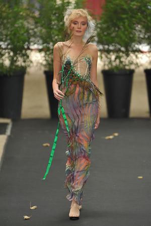 Показ On Aura Tout Vu коллекции сезона Осень-зима 2009-2010 года haute couture - www.elle.ru - Подиум - фото 88205