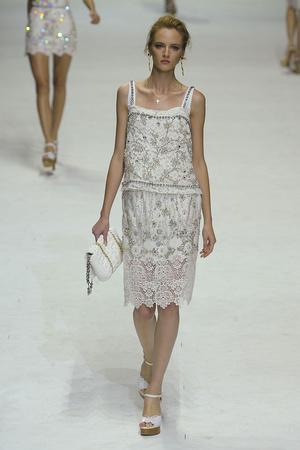 Показ Dolce & Gabbana коллекции сезона Весна-лето 2011 года Prêt-à-porter - www.elle.ru - Подиум - фото 183840