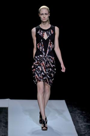 Показ Maxime Simoens коллекции сезона Осень-зима 2011-2012 года haute couture - www.elle.ru - Подиум - фото 278934