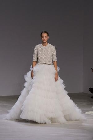 Показ Giambattista Valli коллекции сезона Весна-лето  2016 года Haute couture - www.elle.ru - Подиум - фото 602706