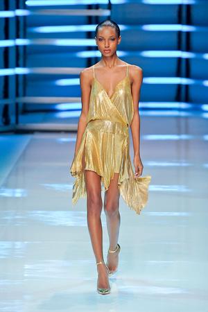 Показ Alexander Vauthier коллекции сезона Весна-лето 2012 года Haute couture - www.elle.ru - Подиум - фото 331900
