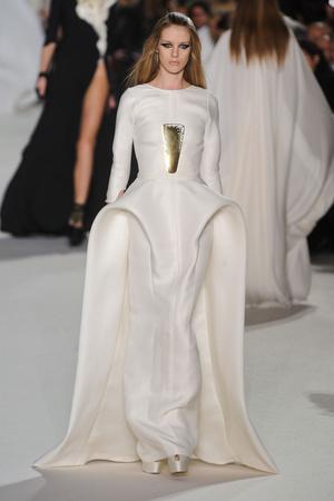 Показ Stephane Rolland коллекции сезона Весна-лето 2012 года Haute couture - www.elle.ru - Подиум - фото 331762