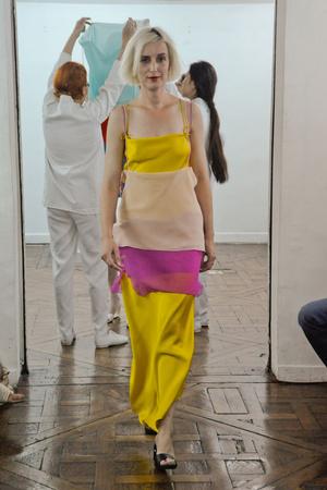 Показ Adeline Andre коллекции сезона Осень-зима 2010-2011 года Haute couture - www.elle.ru - Подиум - фото 167254