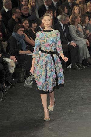 Показ Louis Vuitton коллекции сезона Осень-зима 2010-2011 года prêt-à-porter - www.elle.ru - Подиум - фото 157479