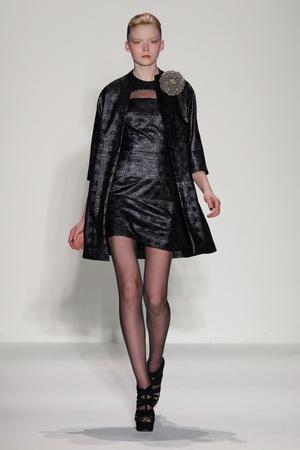 Показ Joanna Mastroianni коллекции сезона Осень-зима 2013-2014 года Prêt-à-porter - www.elle.ru - Подиум - фото 489988