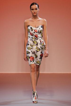 Показ Lefranc Ferrant коллекции сезона Осень-зима 2010-2011 года haute couture - www.elle.ru - Подиум - фото 168023