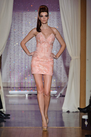 Показ Eric Tibusch коллекции сезона Весна-лето 2013 года Haute couture - www.elle.ru - Подиум - фото 478417