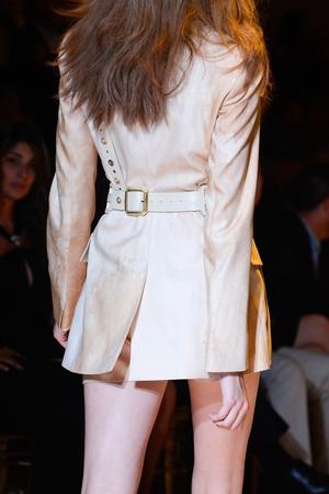 Показ Versace коллекции сезона Весна-лето 2013 года Prêt-à-porter - www.elle.ru - Подиум - фото 443130