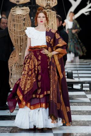 Показ Franc Sorbier коллекции сезона Весна-лето 2014 года haute couture - www.elle.ru - Подиум - фото 575076