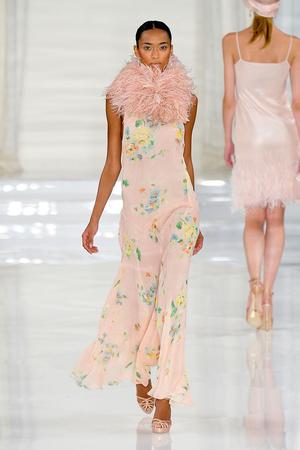 Показ Ralph Lauren коллекции сезона Весна-лето 2012 года prêt-à-porter - www.elle.ru - Подиум - фото 297425