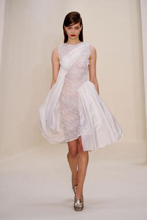 Показ Christian Dior коллекции сезона Весна-лето 2014 года Haute couture - www.elle.ru - Подиум - фото 574274