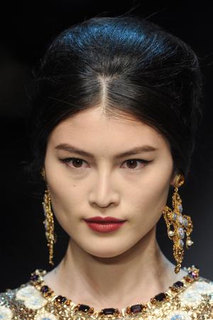 Показ Dolce & Gabbana коллекции сезона Осень-зима 2013-2014 года Prêt-à-porter - www.elle.ru - Подиум - фото 529740
