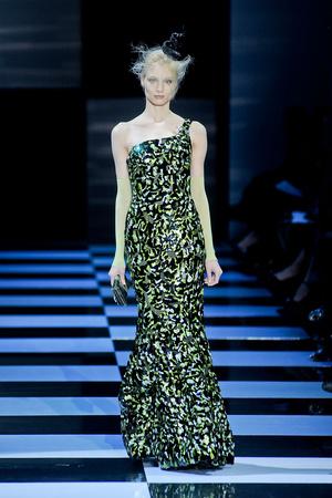Показ Giorgio Armani Privé коллекции сезона Весна-лето 2012 года Haute couture - www.elle.ru - Подиум - фото 331482