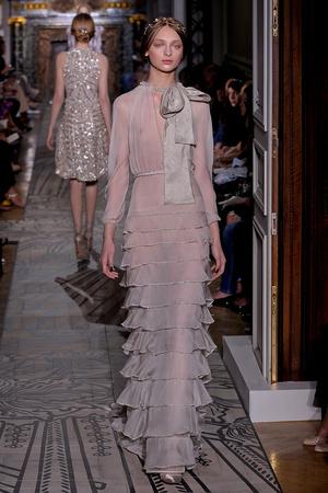 Показ Valentino коллекции сезона Осень-зима 2011-2012 года haute couture - www.elle.ru - Подиум - фото 278533