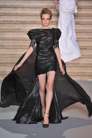 Показ Stephane Rolland коллекции сезона Осень-зима 2009-2010 года haute couture - www.elle.ru - Подиум - фото 88338