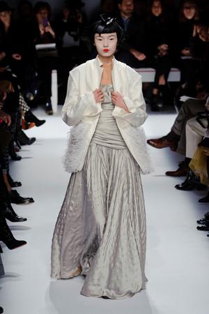 Показ Schiaparelli коллекции сезона Весна-лето 2014 года haute couture - www.elle.ru - Подиум - фото 574212