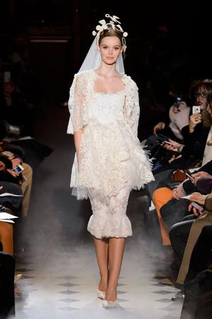 Показ Franc Sorbier коллекции сезона Весна-лето 2015 года haute couture - www.elle.ru - Подиум - фото 593401