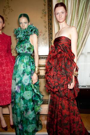 Показ Giambattista Valli коллекции сезона Осень-зима 2012-2013 года haute couture - www.elle.ru - Подиум - фото 403626