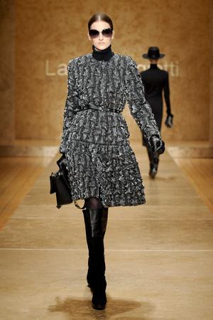 Показ Laura Biagiotti коллекции сезона Осень-зима 2011-2012 года prêt-à-porter - www.elle.ru - Подиум - фото 246908