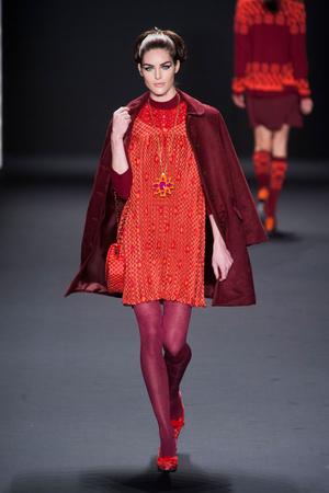 Показ Anna Sui коллекции сезона Осень-зима 2013-2014 года prêt-à-porter - www.elle.ru - Подиум - фото 493983