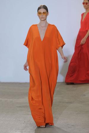 Показ Costume National коллекции сезона Весна-лето 2011 года prêt-à-porter - www.elle.ru - Подиум - фото 189480