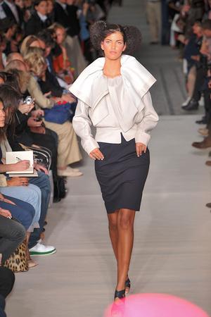 Показ Lefranc Ferrant коллекции сезона Осень-зима 2009-2010 года haute couture - www.elle.ru - Подиум - фото 88064