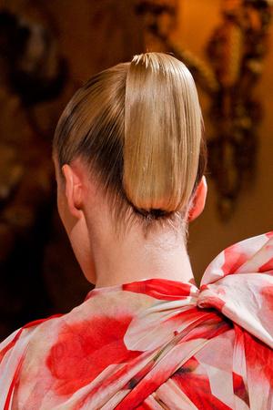 Показ Giambattista Valli коллекции сезона Весна-лето 2012 года haute couture - www.elle.ru - Подиум - фото 331084