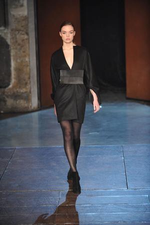 Показ Lefranc Ferrant коллекции сезона Весна-лето 2010 года Haute couture - www.elle.ru - Подиум - фото 139121